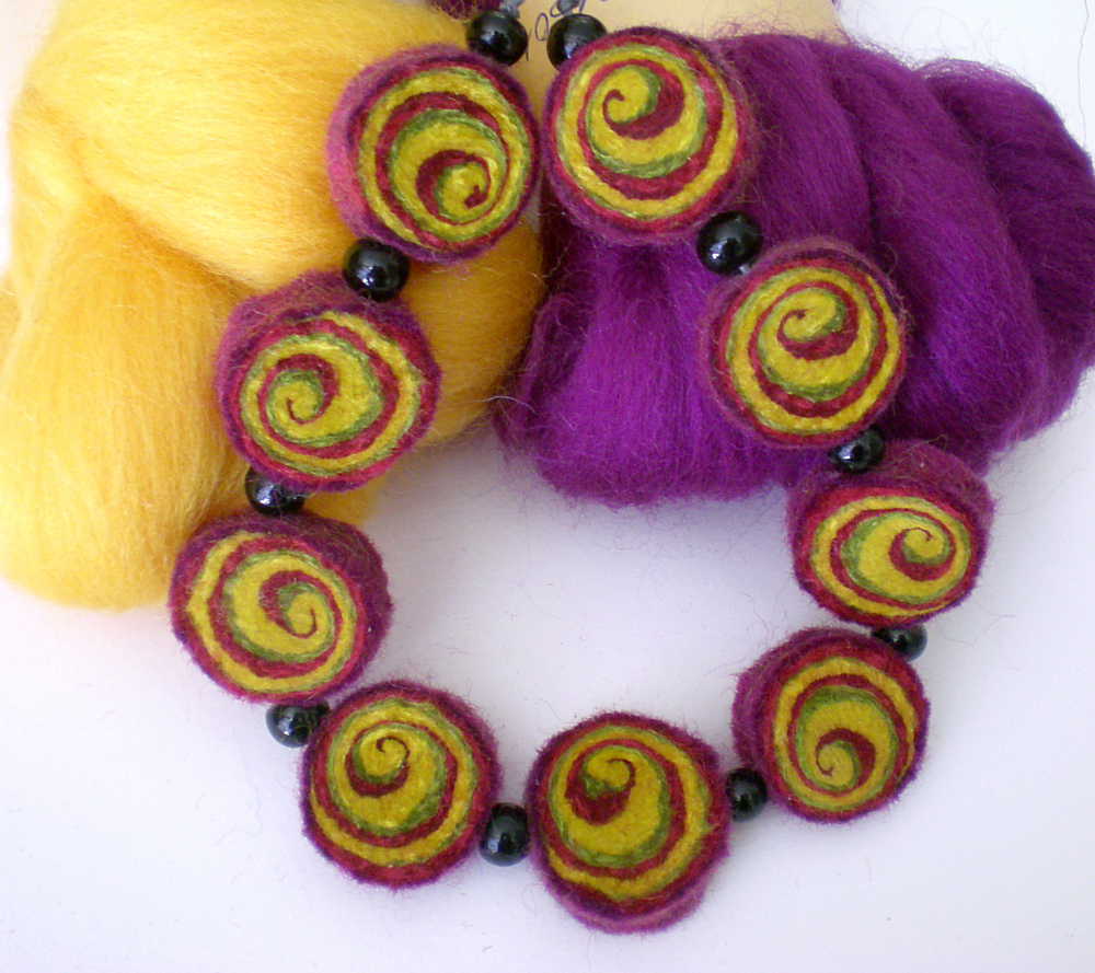 Felt hand made jewelry necklace